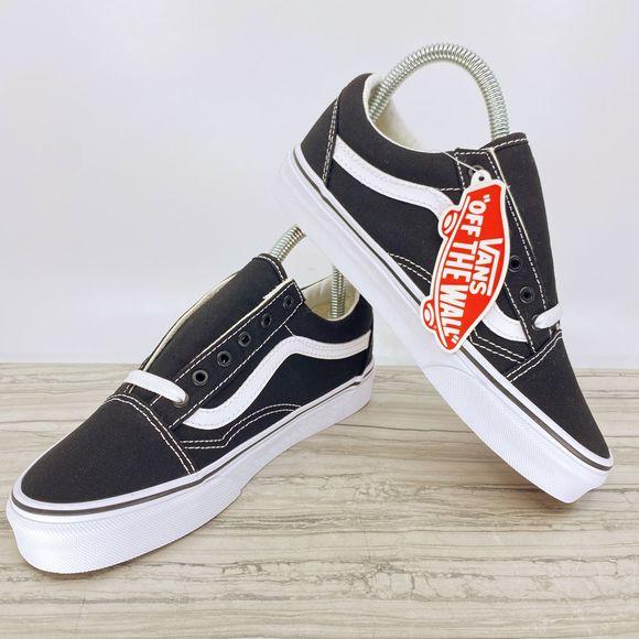 Vans Shoes   Old Skool Womens 7 Mens 55